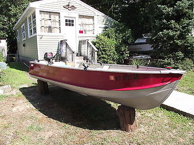 1972 SEARS 14FT, ALUMINUM BOAT, WITH 5HP GAMEFISHER OUTBOARD, AND EXTRAS