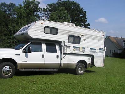 1997 Lance slide in Truck Camper Squire 9500 11' 3