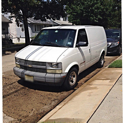 Chevrolet : Astro 2002 chevy astro awd cargo great condition