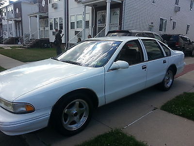 Chevrolet : Caprice Classic Sedan 4-Door CHEVY 1996 CAPRICE IMPALA