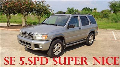 Nissan : Pathfinder SE 2WD Manual 1 owner se sunroof 98 k 5 speed manual cold ac runs well low shipping