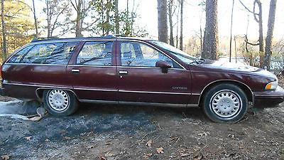 Chevrolet : Caprice Base Sedan 4-Door 1992 chevrolet caprice wagon 5 door 5.0 l burgundy 153 k miles runs great