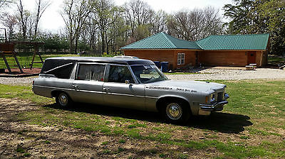 1972 Haunted Pontiac Bonneville Limousine Hearse