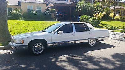 Cadillac : Fleetwood Brougham Sedan 4-Door 1993 cadillac fleetwood brougham sedan 4 door 5.7 l must see