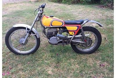 Bultaco : SHERPA T 250 1971 bultaco sherpa t 250 twin shock trials bike custom pin striped by famous