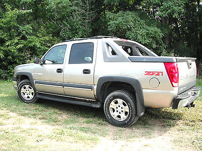 2003 chevrolet avalanche crew cab pickup cars for sale. Black Bedroom Furniture Sets. Home Design Ideas