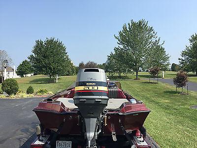 1991 Ranger 391V Bass Boat, 2000 200 HP Suzuki