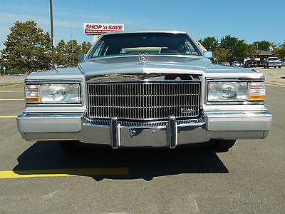 Cadillac : Brougham Sedan 4-door 1990 cadillac fleetwood brougham sedan 4 door only 40 230 miles