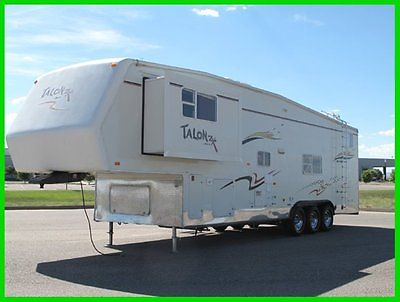 2005 JAYCO TOY HAULER 5TH WHEEL,BED ROOM  SLIDE, ONAN GEN, 35FT LONG , NICE