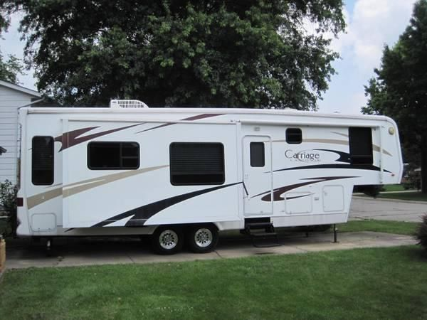 2006 Carriage Cameo LXI F33CKQ Fifth Wheel 33.11 Feet 4 Slide Outs
