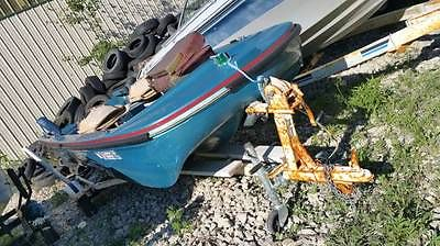 1971 Shell Lake Tri-Hull 15' foot Fiberglass Boat with Trailer