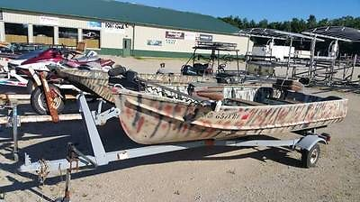 14' foot 1980 Lone Star Aluminum Fishing Boat includes Trailer