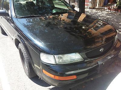 Nissan : Maxima GLE Sedan 4-Door Nissan Maxima 1995 Runs and drives 150k