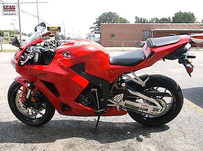 Honda : CBR NEW 2013 HONDA CBR600RR RED