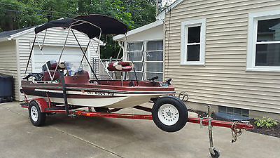 Cajun Fully Equipped Bass Fishing Boat