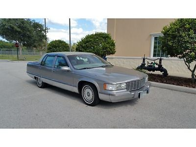 Cadillac : Fleetwood BROUGHAM 1996 fleetwood cadillac 81 000 miles leather seats lt 1 engine