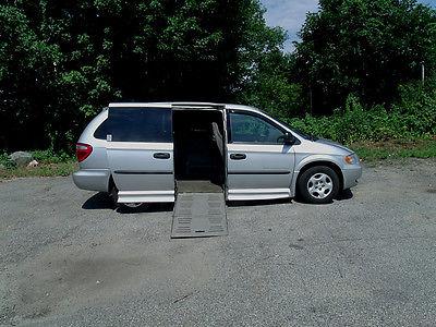 Dodge : Grand Caravan Braun Entervan Fully Powered 2003 dodge grand caravan se handicap wheelchair braun entervan one owner