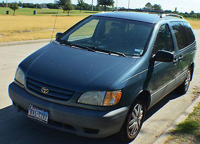 Toyota : Sienna CE One Owner Van