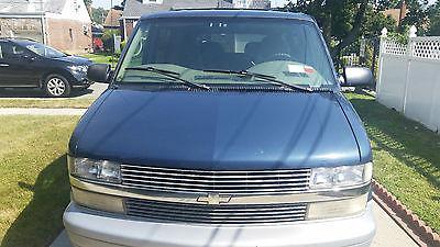 Chevrolet : Astro Base Standard Cargo Van 3-Door 2000 chevrolet astro base standard cargo van 3 door 4.3 l