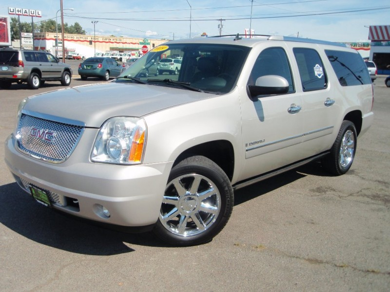 2009 gmc yukon denali for sale with photos carfax. Black Bedroom Furniture Sets. Home Design Ideas