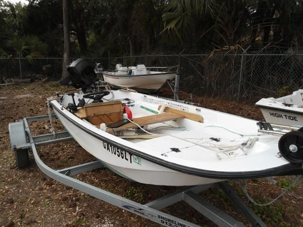 2011 BOSTON WHALER 11 TENDER