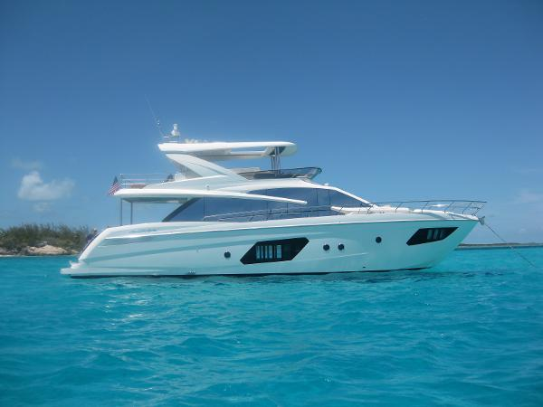 2015 ABSOLUTE POWERBOATS 64 FLY