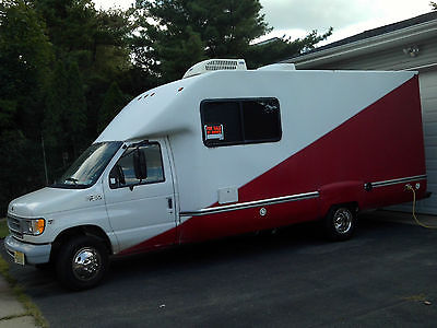 1999 ford E450 fun mover motocross, quad. cart, motorcycle