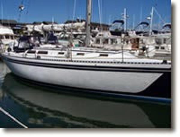 1979 Islander 40 Sailboat Peterson