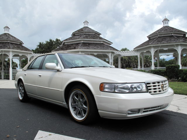 Cadillac : Seville 4dr Touring 2000 seville sts only 21 000 miles one owner from new