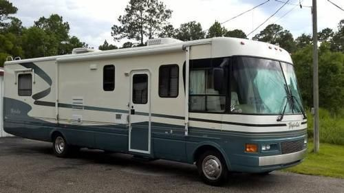 2000 National RV Tropical