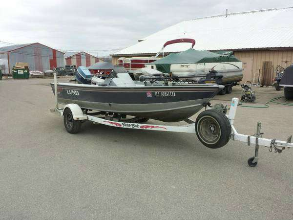 1994  Lund  Pro Angler Deluxe W/ Yacht Club Trailer