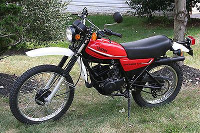 Rear Wheel Bearing /& seal Kit Yamaha DT175 175cc 1979-1981
