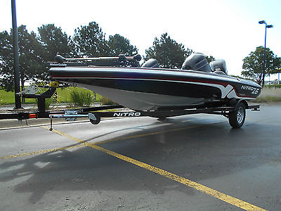 2011 NITRO Z6 18' 115HP MERCURY BANK REPO, 1.6 HOURS ON THIS BOAT LIKE NEW!!!!!!
