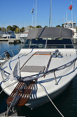 30 Foot Sea Ray 300 Weekender   YOU COULD BE BOATING TODAY BOAT IN WATER