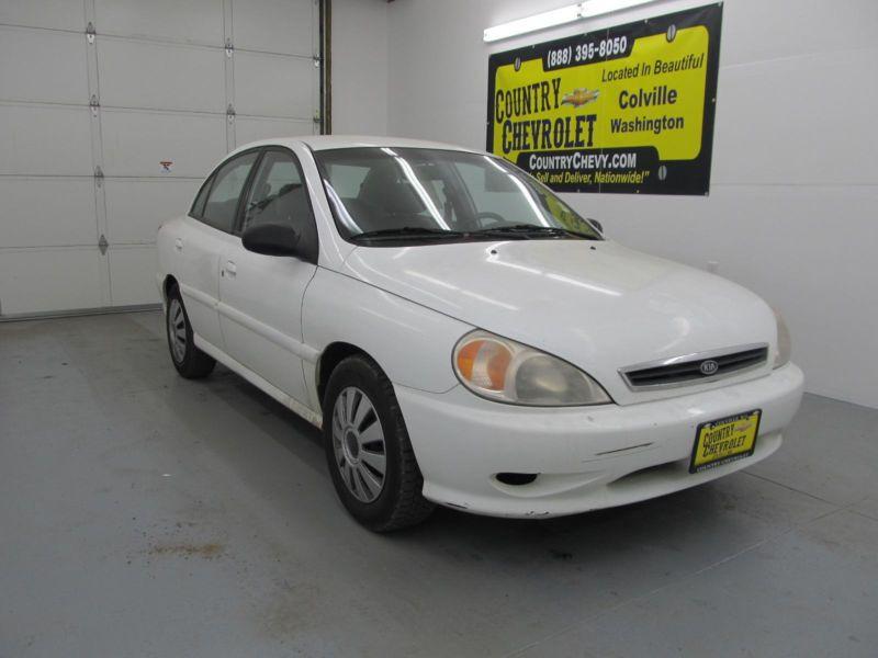 2002 Kia Rio Sedan ***GREAT BACK TO SCHOOL CAR***