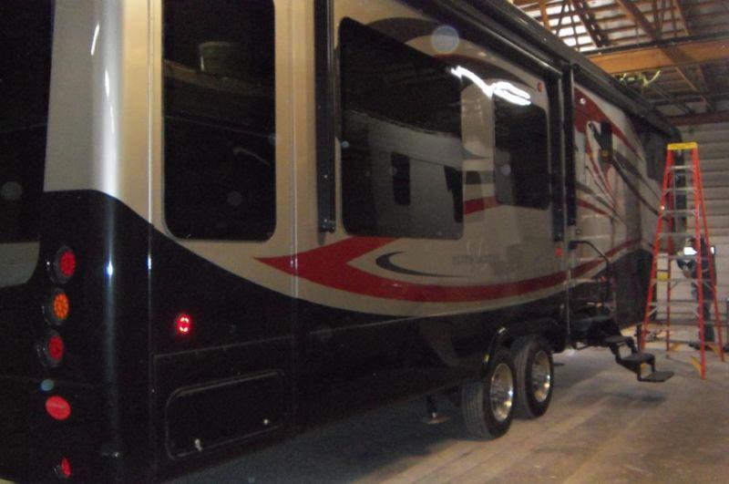 2013 DRV Elite Suite 38TKSB3 5th Wheel