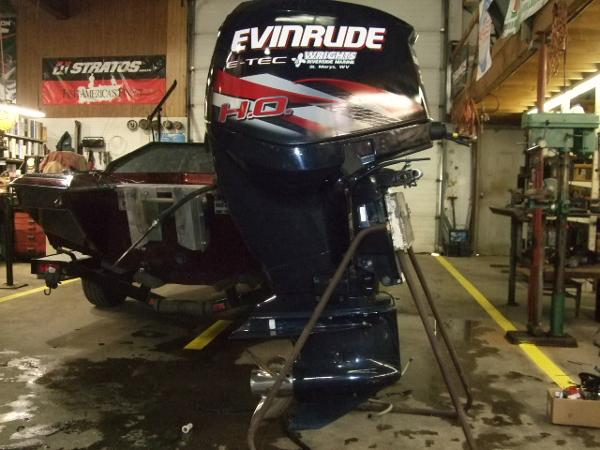 2012 EVINRUDE 250 HO Engine and Engine Accessories