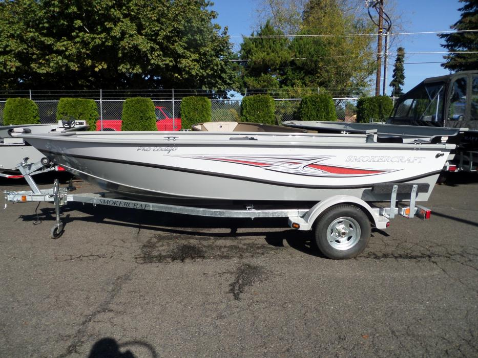 Smoker craft deep boats for sale for Smoker craft pro mag