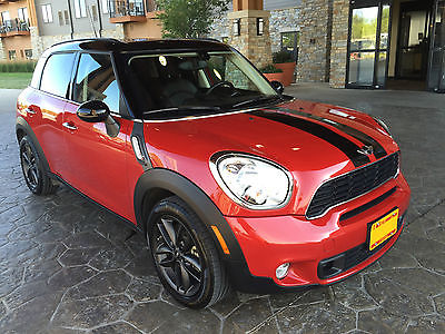 Mini : Countryman S TURBO 4DR 6-SPD MANUAL PANO SUNROOF MINI Cooper Countryman 4DR FWD Manual Low Miles Red Sedan