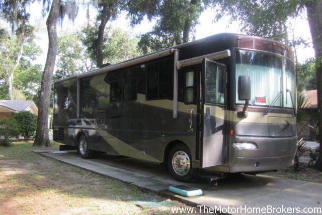 2005 Winnebago Itasca Meridian 34H Diesel Pusher
