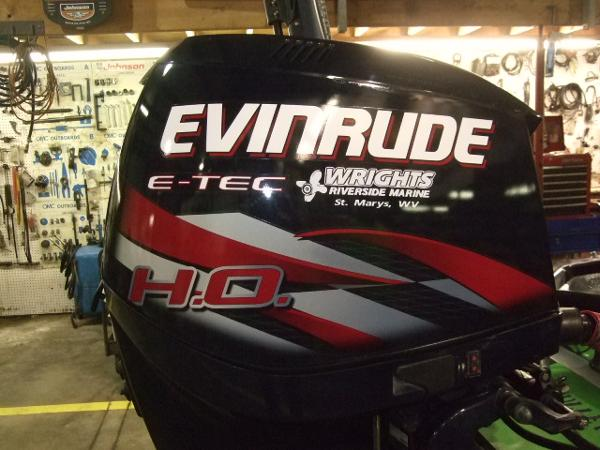 2008 EVINRUDE 225 HO Engine and Engine Accessories