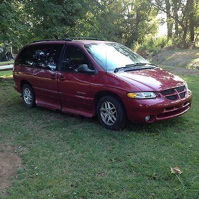 Dodge : Caravan Sporty Handicap Van for either quadriplegic or able body person to drive