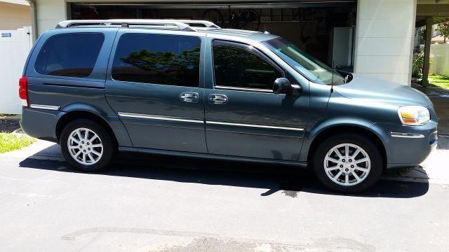 2005 Buick Terraza CXL Van