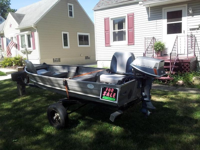 12 ft. aluminum boat with motor, trailer & fish finder for sale!