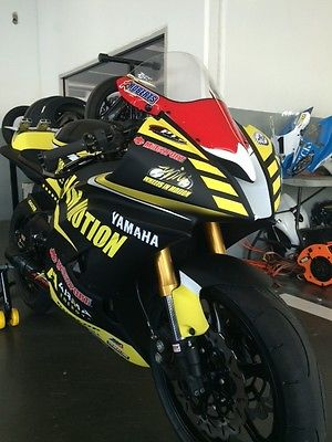 Yamaha : YZF-R MEEN Motorsports R6 Race bike  $15,000