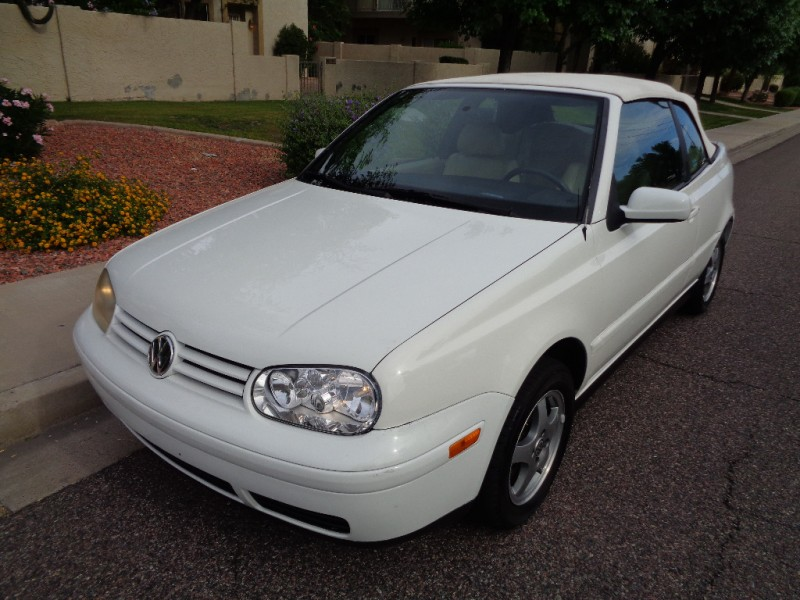 ** 1999 VW Cabrio GLS Convertible * Leather * 2-Owner * Nice! **