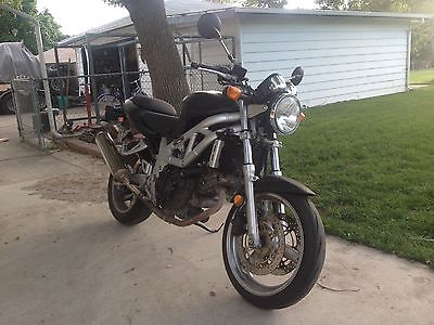 Suzuki : SV 2001 suzuki sv 650 naked motorcycle sport bike crotch rocket