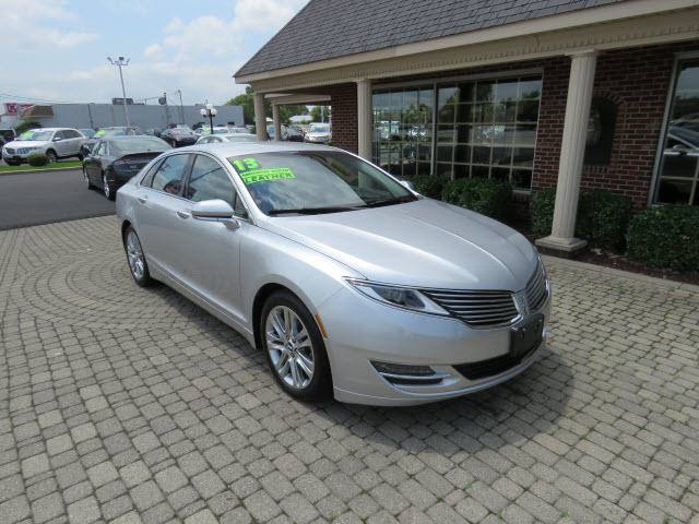 2013 Lincoln MKZ Base Bowling Green, OH