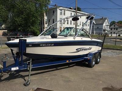 2006 Ski Supreme 220SP Ski Boat Wakeboard Boat Kal Kustom One Owner Low Hours!
