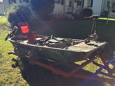Flat bottom boat. 10ft  with trailer